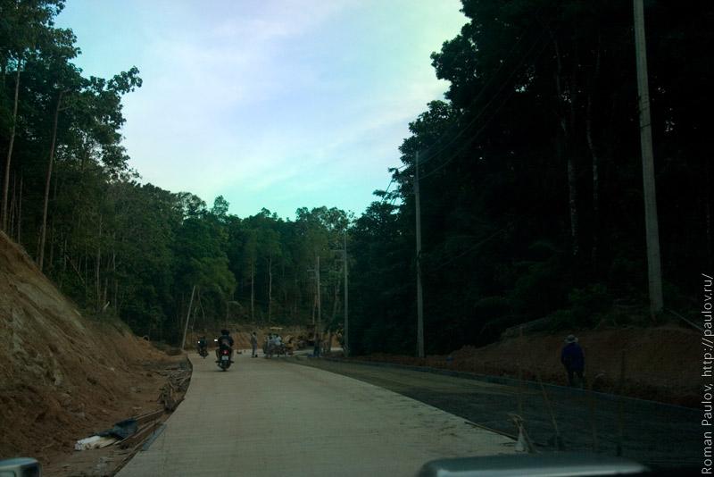 Строительство дороги в Таиланде Ко Панган