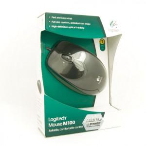 Купили Ольке мышку Logitech M100