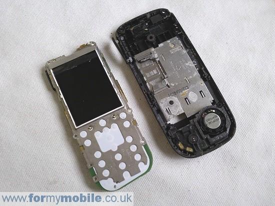 Как разобрать телефон Nokia 2330 classic (5)