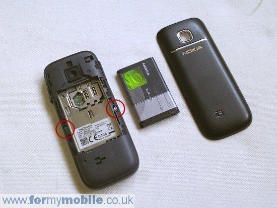 Как разобрать телефон Nokia 2730 Classic (2)