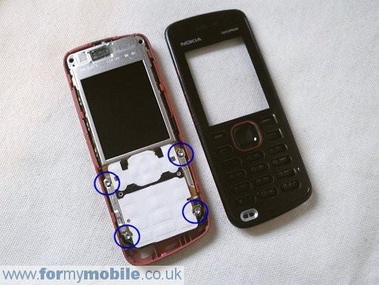 Как разобрать телефон Nokia 5220 Xpress Music (4)