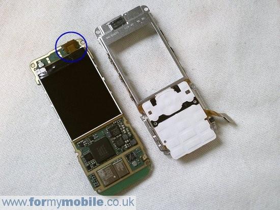 Как разобрать телефон Nokia 5220 Xpress Music (7)
