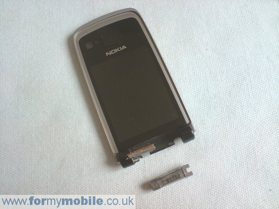 Как разобрать телефон Nokia 6600 Fold (8)