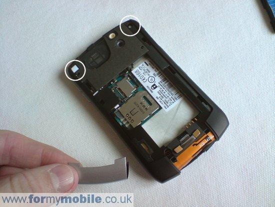 Как разобрать телефон Как разобрать телефон BlackBerry Curve 8310 (8)