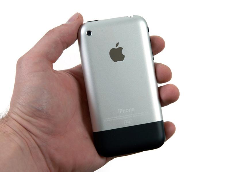 фото айфон первого поколения