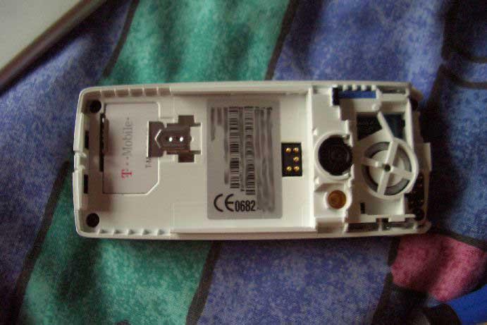 Как разобрать телефон Sony Ericsson T630 (6)
