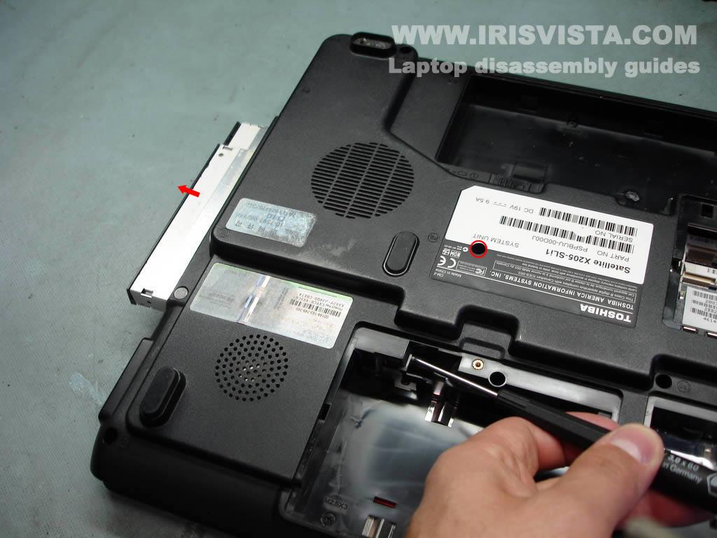 Как разобрать ноутбук Toshiba Satellite X205 и Satellite X200 (30)