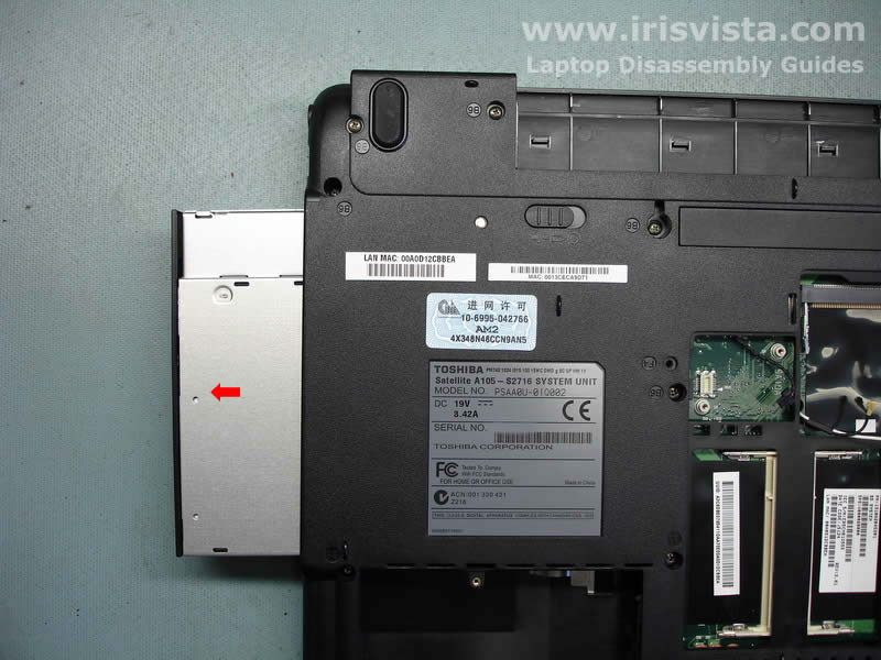 Как разобрать ноутбук Toshiba Satellite A105 (8)