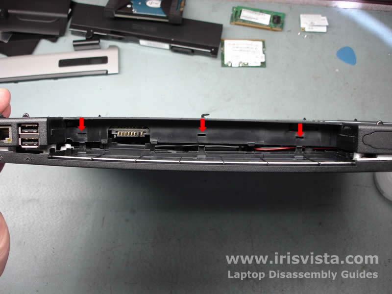 Как разобрать ноутбук Toshiba Satellite A105 (18)