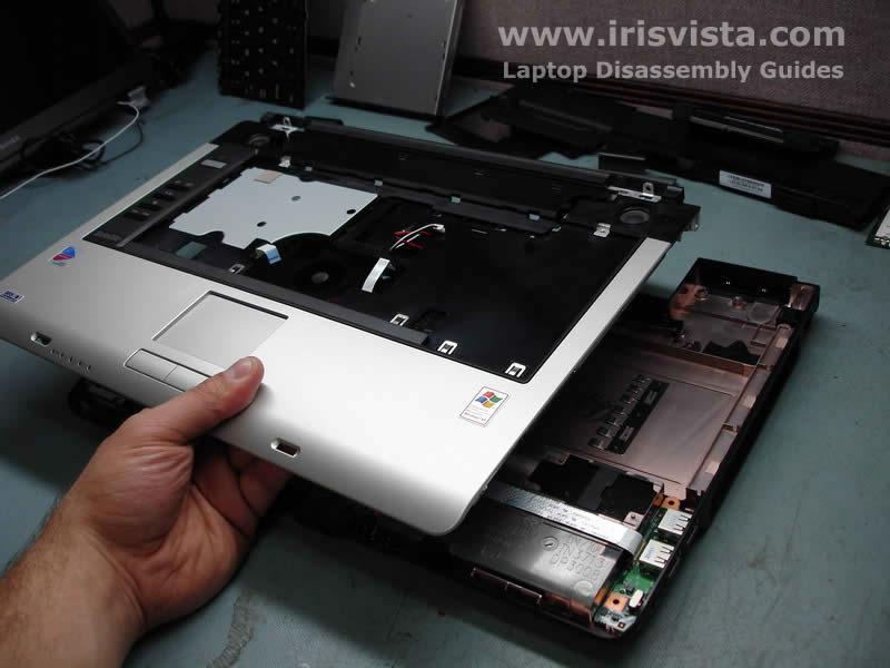 Как разобрать ноутбук Toshiba Satellite A105 (20)