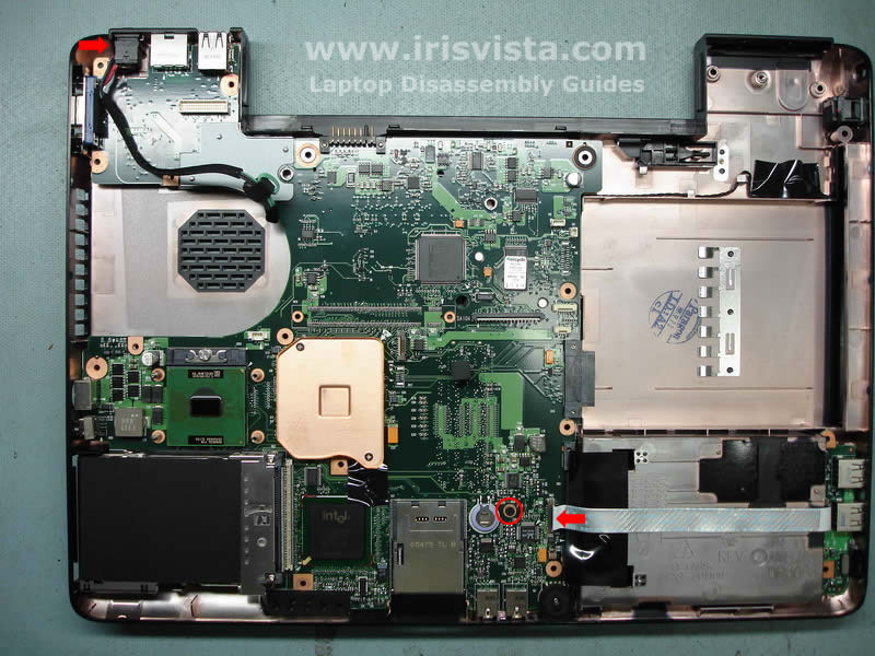 Как разобрать ноутбук Toshiba Satellite A105 (22)