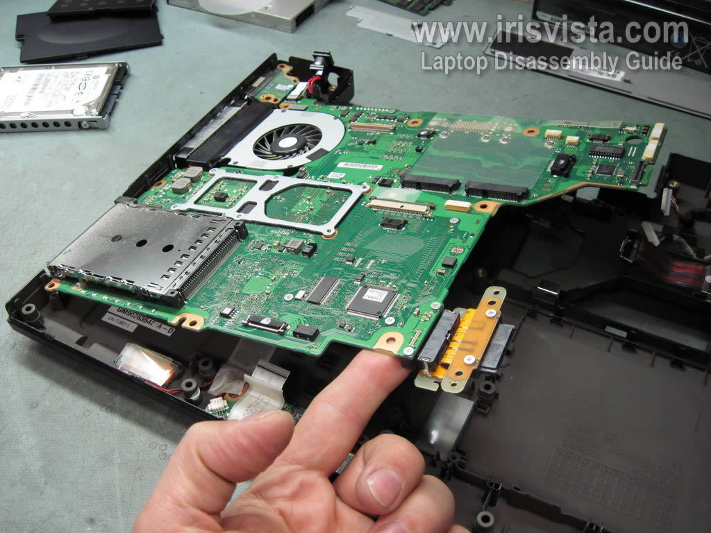 laptop-disassembly-20
