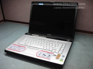 Как разобрать ноутбук Toshiba Satellite A210 и Toshiba Satellite A215 и сменить экран