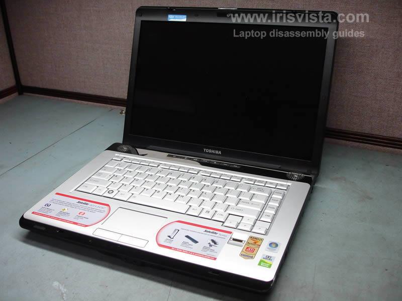 как разобрать ноутбук Toshiba Satellite A210 и Toshiba Satellite A215 и сменить экран (2)