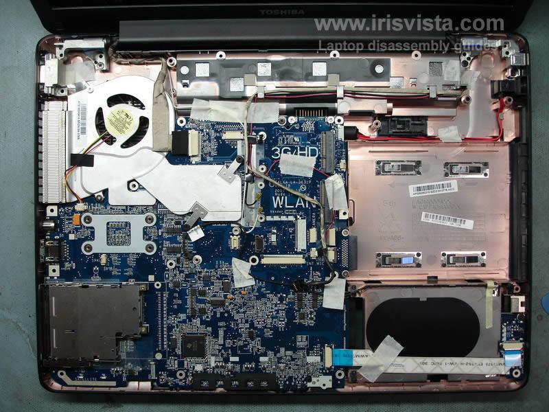как разобрать ноутбук Toshiba Satellite A210 и Toshiba Satellite A215 и сменить экран (13)