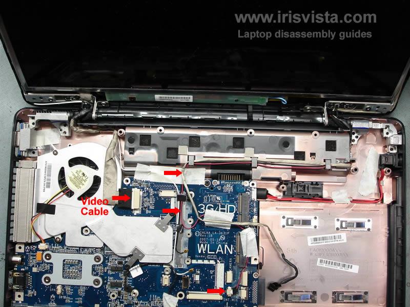 как разобрать ноутбук Toshiba Satellite A210 и Toshiba Satellite A215 и сменить экран (24)