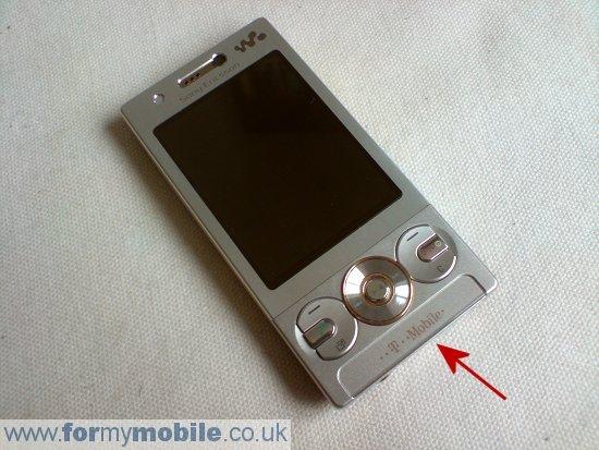 Как разобрать телефон Sony Ericsson W705 (6)