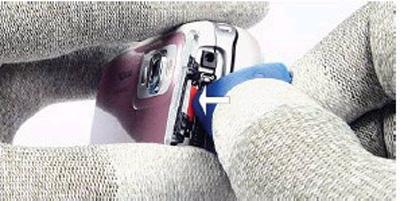 Как разобрать телефон Nokia 6111 (4)