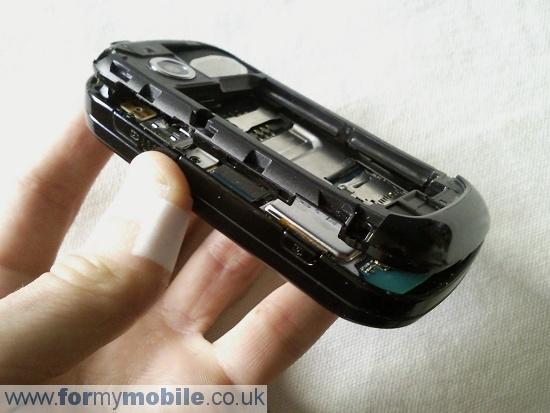 Как разобрать телефон Samsung B3410 (3)