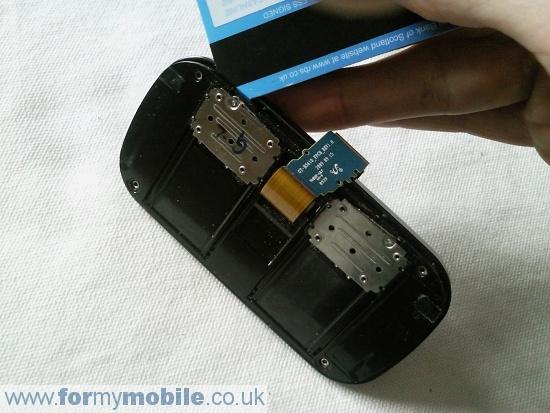Как разобрать телефон Samsung B3410 (8)