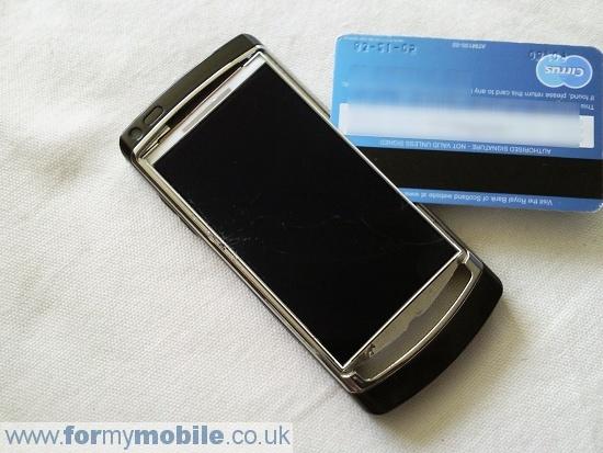 Как разобрать телефон Samsung i8910 Omnia HD (13)