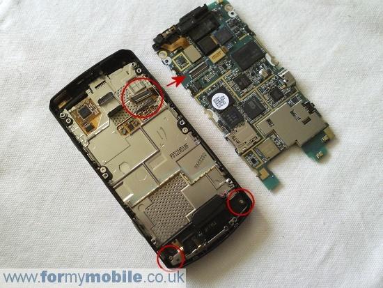 Как разобрать телефон Samsung i8910 Omnia HD (7)