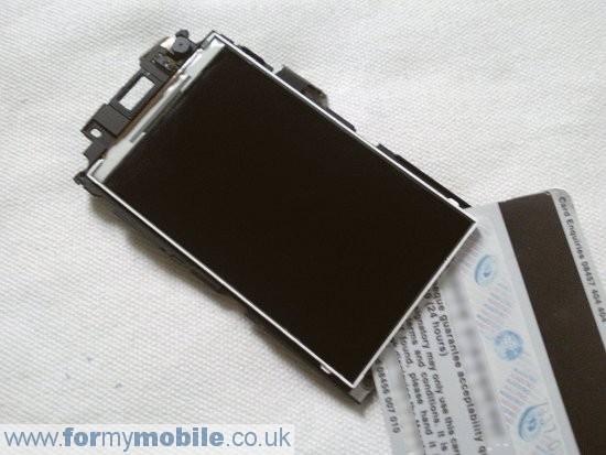 Как разобрать телефон Samsung Jet S8000 (12)