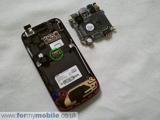 Как разобрать телефон Samsung Jet S8000 (7)