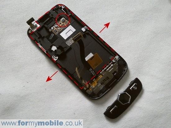 Как разобрать телефон Samsung Jet S8000 (10)
