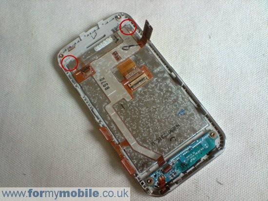 Как разобрать телефон Samsung Tocco Lite S5230 (7)
