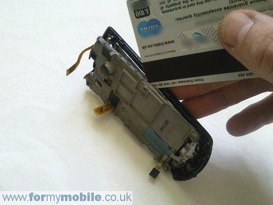 Как разобрать телефон Samsung Monte S5620 (12)