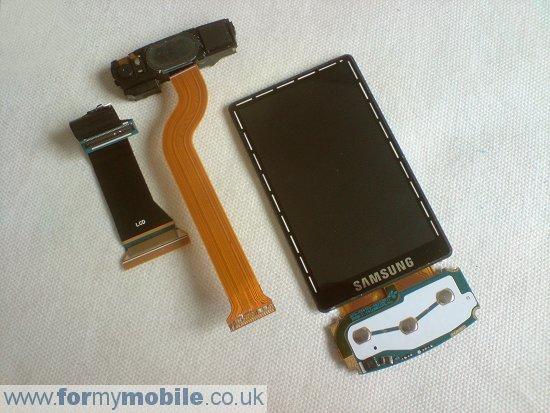 Как разобрать телефон Samsung Tocco Ultra S8300 (12)
