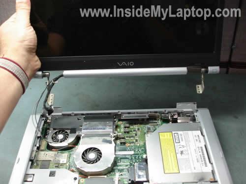 Как разобрать ноутбук Sony Vaio серии PCG-K (12)