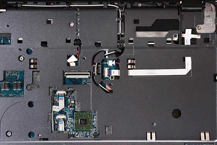Как разобрать ноутбук Acer Aspire 5738G/5738ZG/5738Z/5738/5338, Aspire 5536/5536G/5236 (37)