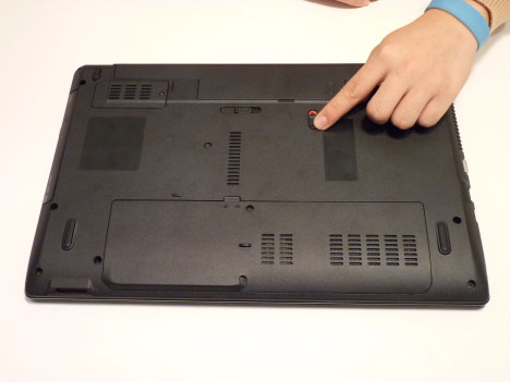 Как разобрать ноутбук Acer Aspire 5741/5741G (3)