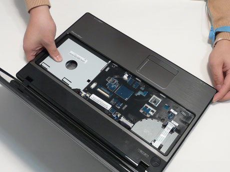 Как разобрать ноутбук Acer Aspire 5741/5741G (51)