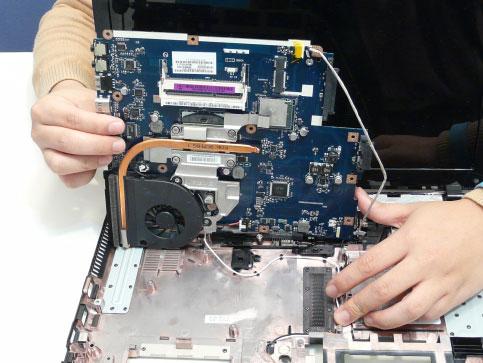 Как разобрать ноутбук Acer Aspire 5741/5741G (96)