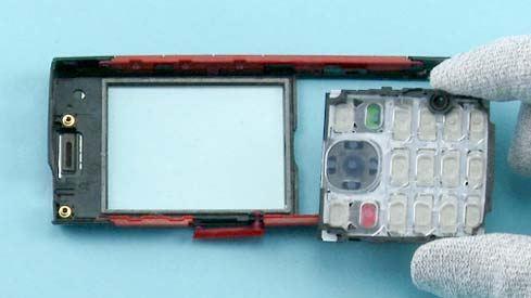 Как разобрать телефон Nokia X2 00 для замены дисплея или корпуса