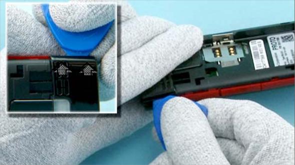 Как разобрать телефон Nokia X2 00 для замены дисплея или корпуса (3)