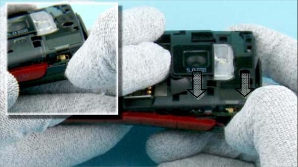 Как разобрать телефон Nokia X2 00 для замены дисплея или корпуса (11)