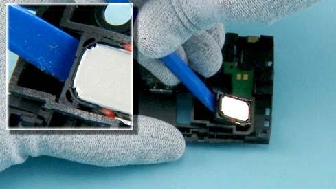 Как разобрать телефон Nokia X2 00 для замены дисплея или корпуса (29)