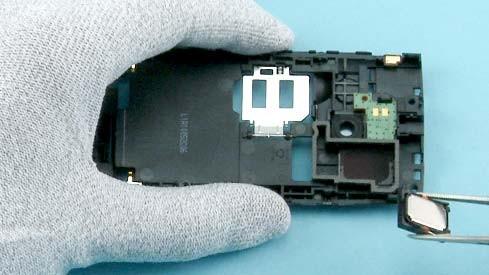 Как разобрать телефон Nokia X2 00 для замены дисплея или корпуса (30)