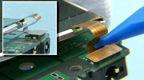 Как разобрать телефон Nokia X2 00 для замены дисплея или корпуса (36)