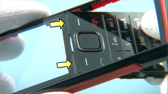 Как разобрать телефон Nokia X2 00 для замены дисплея или корпуса (41)