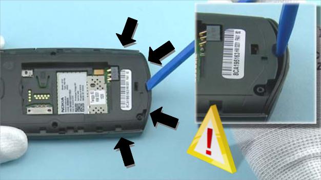 Как разобрать телефон Nokia X2 01 для замены дисплея или корпуса (40)