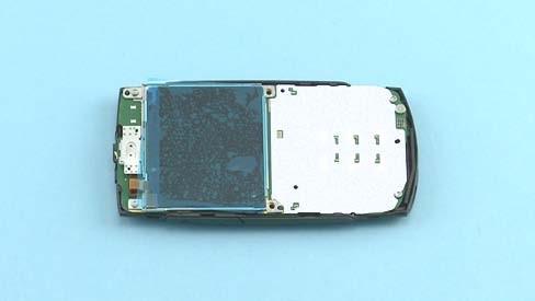 Как разобрать телефон Nokia X2 01 для замены дисплея или корпуса (36)