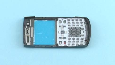 Как разобрать телефон Nokia X2 01 для замены дисплея или корпуса (35)