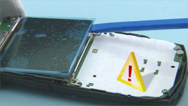 Как разобрать телефон Nokia X2 01 для замены дисплея или корпуса (30)