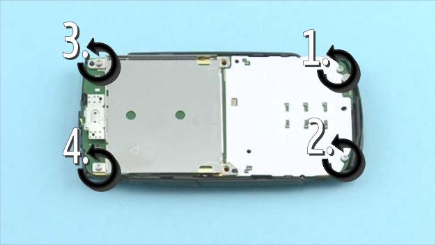 Как разобрать телефон Nokia X2 01 для замены дисплея или корпуса (28)