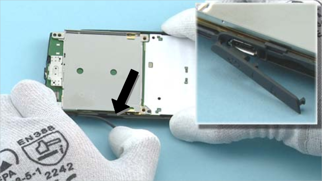 Как разобрать телефон Nokia X2 01 для замены дисплея или корпуса (27)